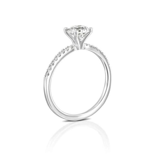 טבעת אירוסין קרול זהב לבן עומדת