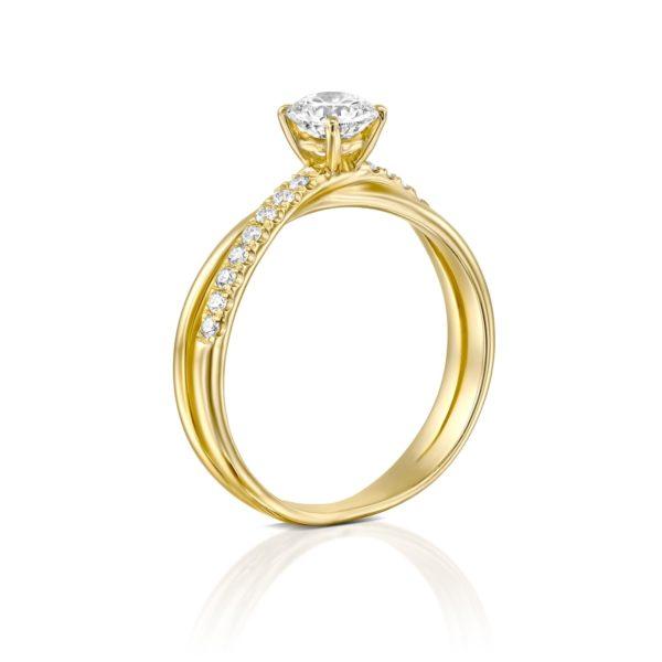 טבעת אירוסין מוניק טוויסט זהב צהוב - עומדת