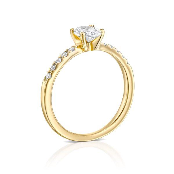 טבעת אירוסין אובל 1.10 קראט - זהב - עומדת