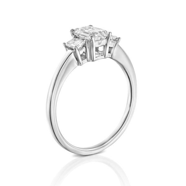 טבעת יהלומים אמרלד 1.5 קראט - זהב לבן - 3